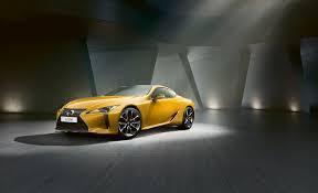 Lexus представляет новое великолепное купе LC Yellow Edition